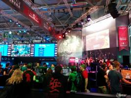 Gamescom 2015 photos1 F2P05